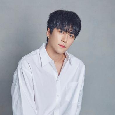 MYEONG profile image