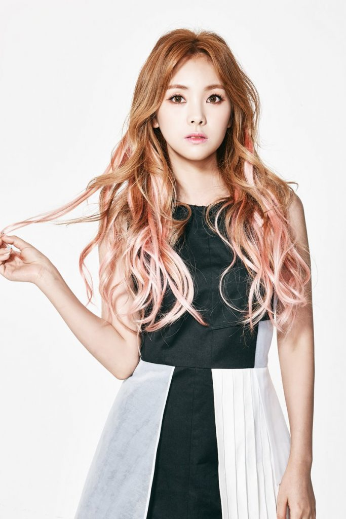 Rena profile image