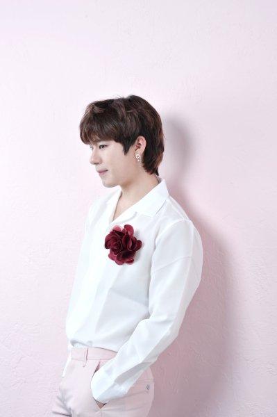 U HYOUNG profile image