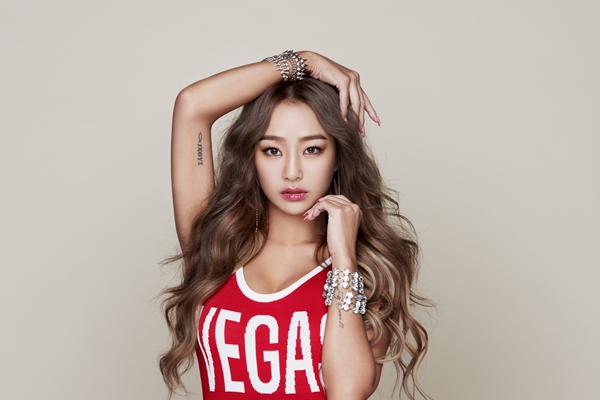 HYOLYN profile image