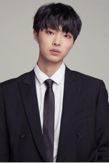 YUN HEE SEOK profile image