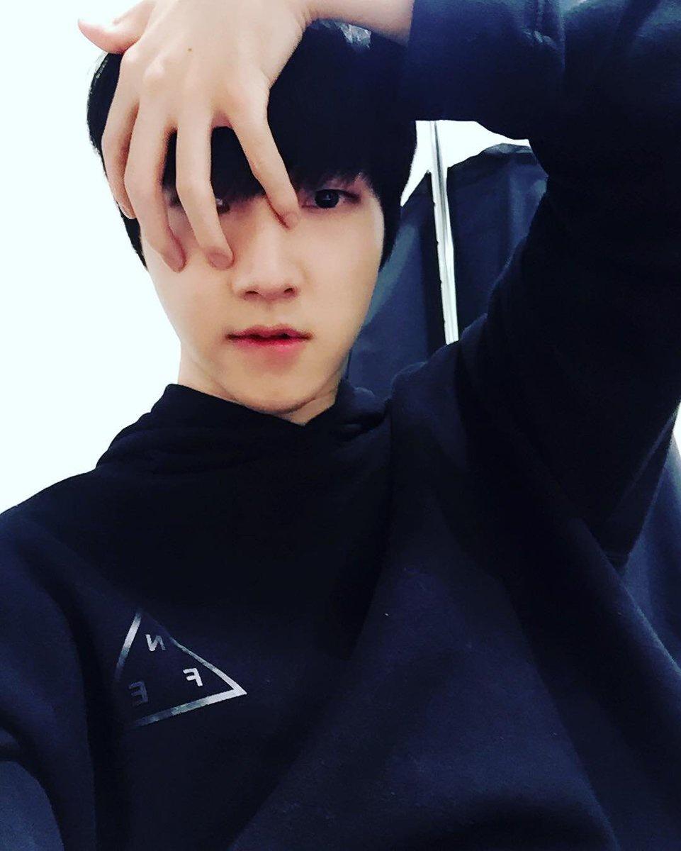 [161016] Instagram de Choi ¿Practicando para el próximo Halloween así? <Puede haber errores en la traducción>