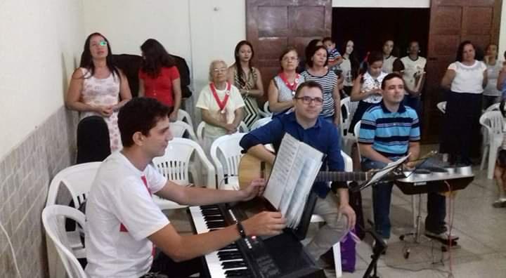 ⛪ Missa de Ação de graças pelos 50 anos de vida religiosa da Irmã Franca na comunidade Imaculada Conceição - Vila Pe. Inácio - 02/04/2017 📅🎶🎹🎤🎸🎶