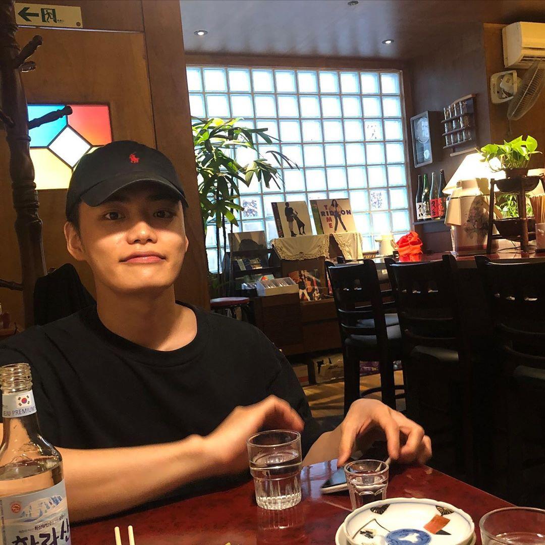 """[IG] 200416 - Post de la cuenta de Hyunkyu """"Aún bien"""""""