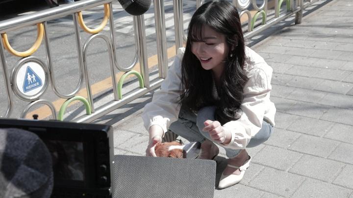 200408 Raina - '앤(Ann)' MV filming behind [3]