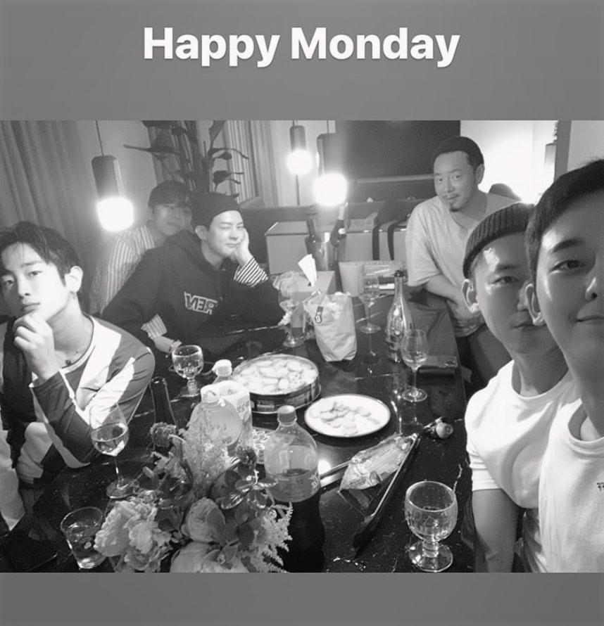 [28.05.2020] Myname'den Chaejin'in Instagram Güncellemesi ile~ Mutlu Pazartesi