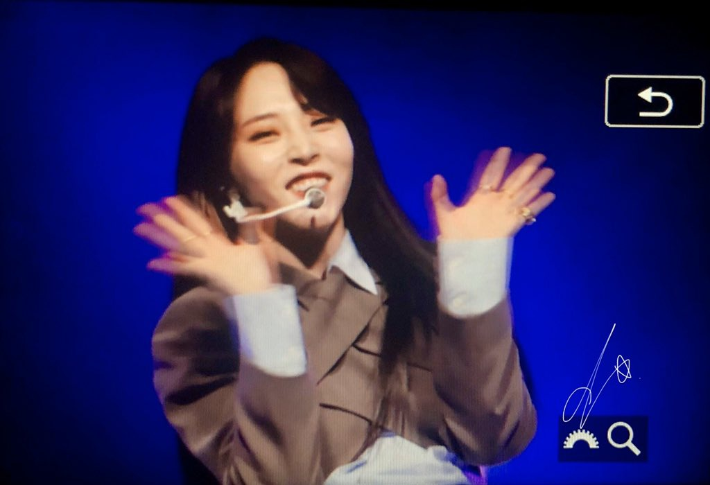 200530 😭😭😭 Moon Byul 1st Ontact Live [門OON]