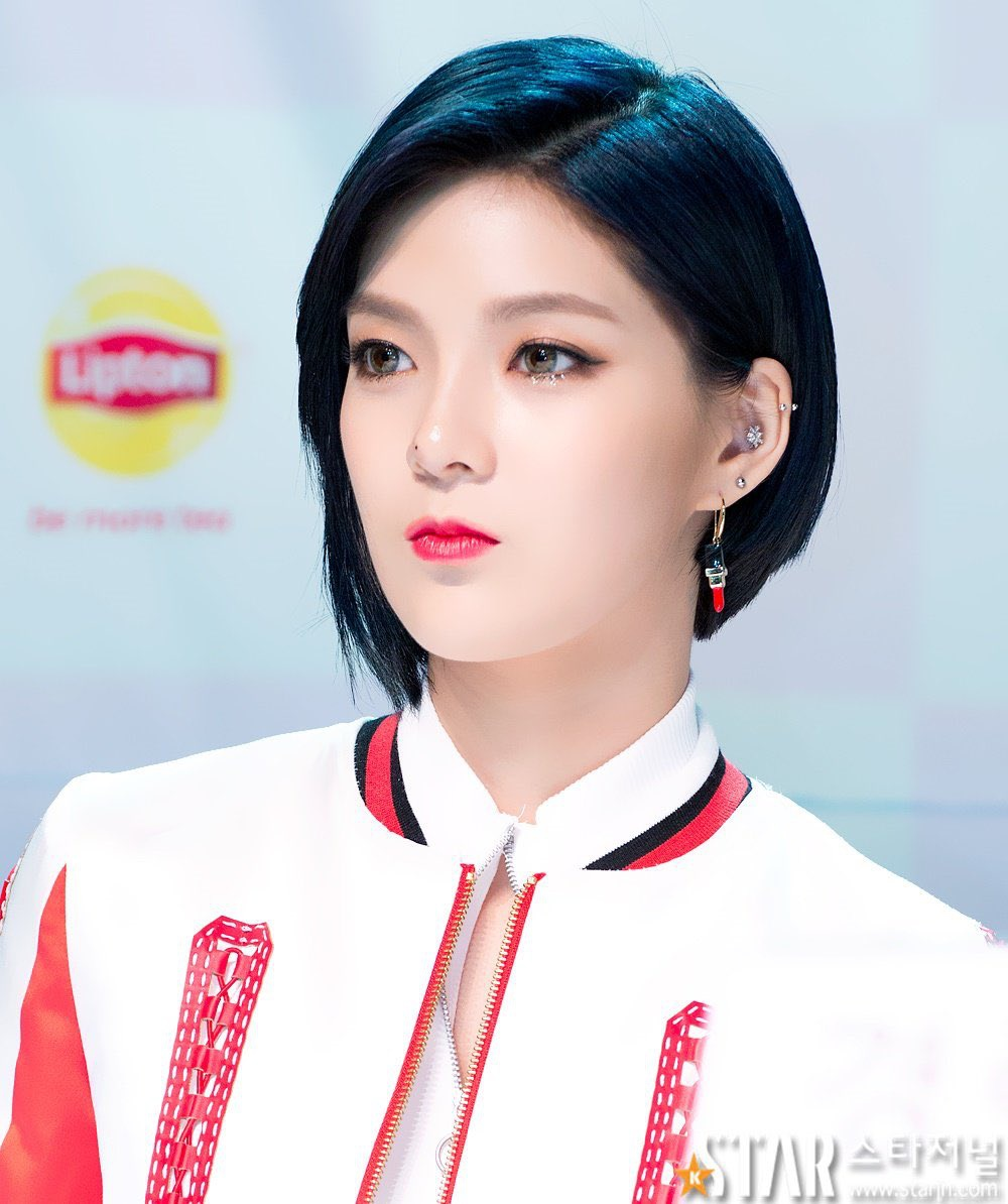 ⇢ ✧ 9muses 160804 ⚘ the press_1
