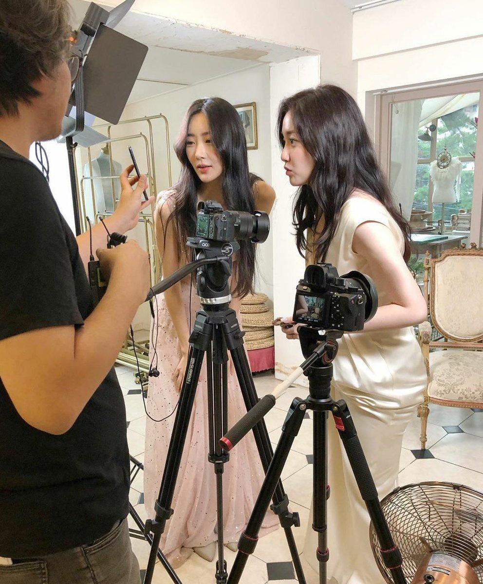 200810 Subin / Dalsooobin - Recording for an interview with (9Muses) Ryu Sera Keep your eye out for their video which will be uploaded soon on Sera's channel ( ) 🎉💙_1