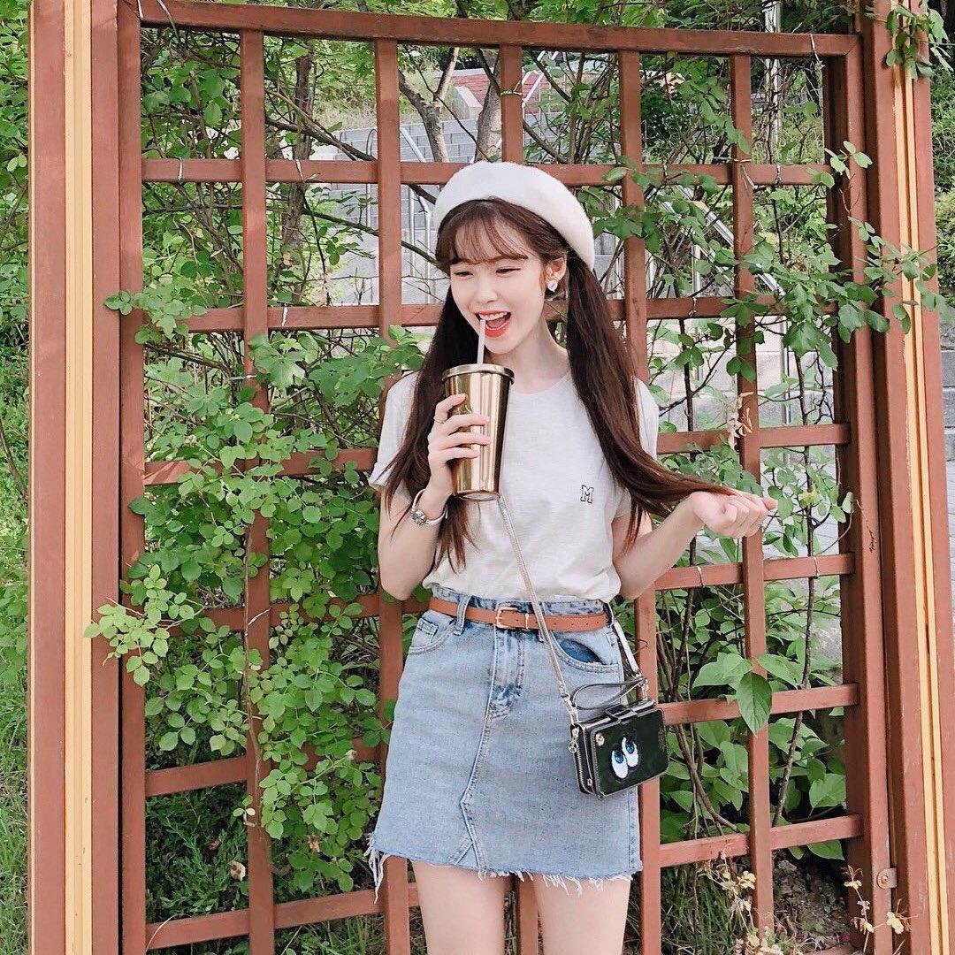 180625 ♡ Jun Hyoseong instagram post Walk 🌿 © superstar_jhs_2