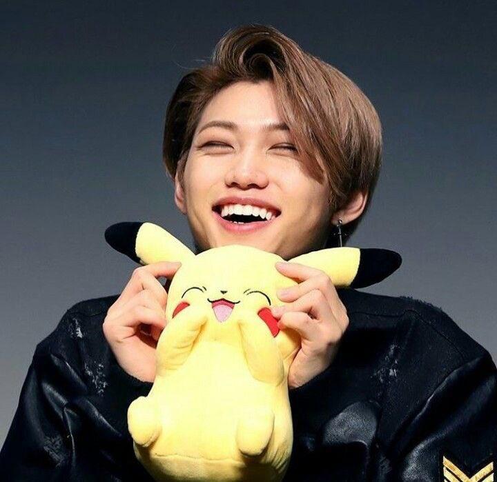 Dzisiaj 15.09.2020r. Lee Yong Bok- pseudonim Felix, Bbijikseu, Sunshine obchodzi swoje 20 URODZINY! Życzę Ci Słoneczko najdroższe: dużo radości w tym dniu, +_2