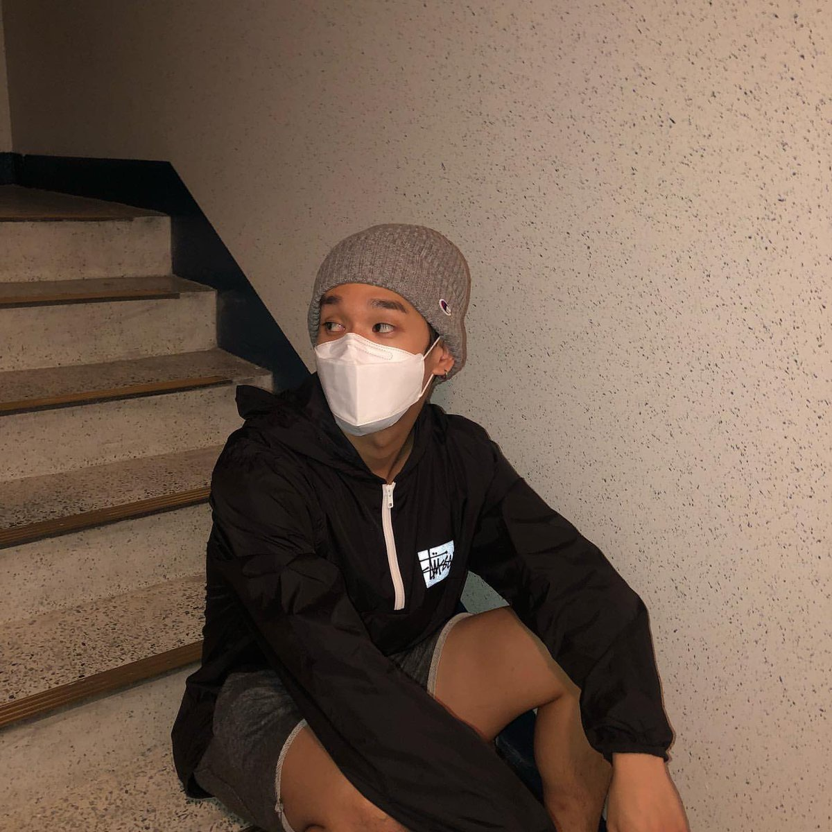 【200915 인스타그램】 ©︎hellogloom 🤷♂️_1