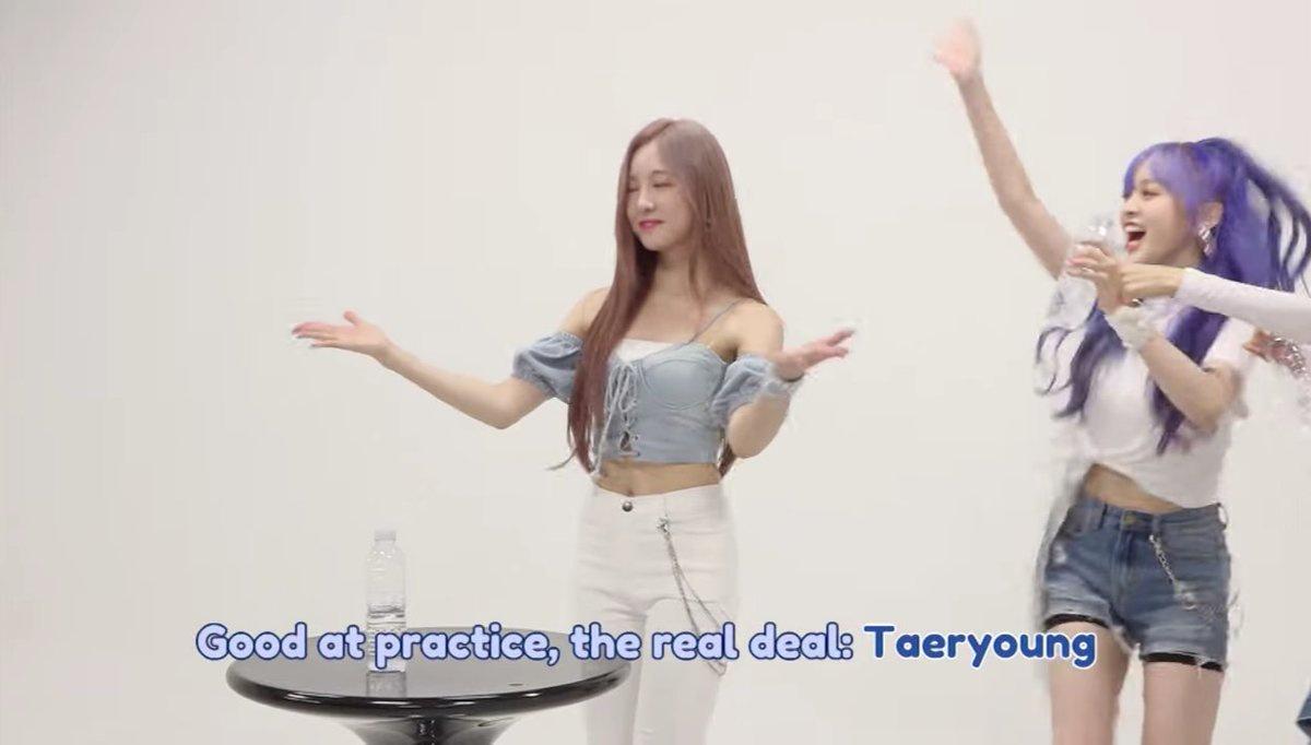 "200916 Taeryeong no programa de hoje ""My Rookie Diaries."" Link para assistir no YouTube:_3"