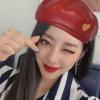 [📸] 200220 Xeheun respondeu cartas de fã no Fancafe com selcas. ♥️