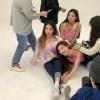 | 📷 | - 25/03/2020 Derrière les coulisses du shooting photos de ITZY avec Younji Jung. [ 1/2 ] _____ …