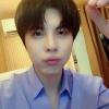 """[📸] • 200723 - INSTAGRAM """"Heyong, mes cheveux longs sont vraiment bizarres ? En train de traverser les provinces de Jeolla et Gyeonsang☔"""""""