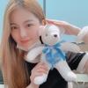 010820 - NiziU Official สวัสดีค่ะ! Ayaka จาก NiziU ค่า🌷 ♡ พวกเราทุกคนได้ทำตุ๊กตาผ่านกิจกรรมอาสาสมัครค่ะ! 🧸💙 (1)_2
