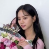 200802 Girls Day Hyeri Instagram Update! Hyeri receiving flowers for her endorsement for Weekly Lab! She's prettier than the flowers. She exudes charm and radiates beauty. I'm looking forward for more updates from her new CF!_2