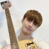 [200804 - - Atualização] 🎐 Eu trouxe Kyoungyoonki hoje para praticar~🎸 Vou praticar bastante e mostrar pra vocês tocando músicas acústicas haha Fighting!*😁 :: ©Dongkiz Brazil_2