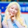🌷 🌷 (2018-2019) 💜 김초희 💜 Leader, Main Dance, Lead Rap, Vocal 💜 13.02.2001 ~🌼~ 🌼: Bad eyes 🏆: She won second place at the National Pretty Kids Contest when she was 4. ✔️: 🇨🇳 🌼: Leave the group for personal reason._4