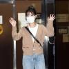 200915 IU leaving KBS Building after filming of Yoo Heeyeol's Sketchbook. IU BEST GIRL_3