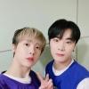 [PIC] Da ASTRO_Staff [ 🍸200916 MBC M Il look di oggi dei DdanKong👬 : giocatori di basket⛹ Se ci sono questi giocatori la presenza sul campo da basket è 100% assicurata🏀💯_3