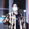 200916 빽투더 아이돌 퇴근 오늘의 마스크 체인는 하늘색이당~ 정말 귀여워요 ㅠ_2