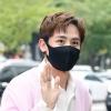 200916 닉쿤(2PM) KBS '퀴즈위의 아이돌' 출근길 기사 사진_2