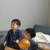 160920 อัพไอจีรูปคุณพี่ชายและน้องราอนค่ะ แคปชัน:❤️ 🎈 …